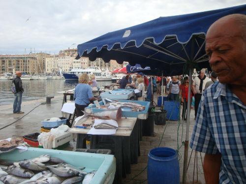 Auf dem Fischmarkt in Marseille