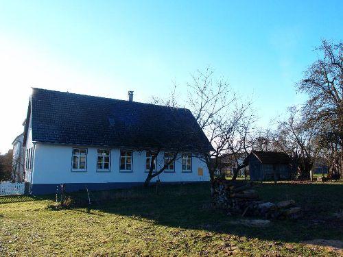 Freistehendes Ferienhaus in Ortsrandlage