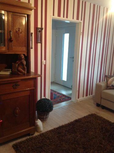 Wohnzimmer/ Blick zum Hauseingang
