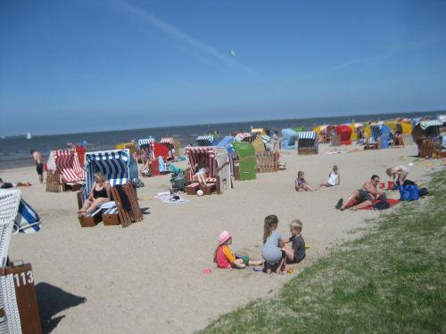 Der schöne Strand in 100 m Entfernung.
