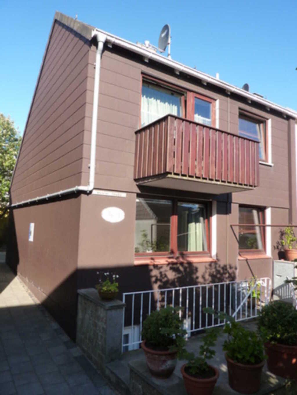 Haus Tana-Gat, Ferienwohnung (EG): Kü, SZ, WZ, Dus