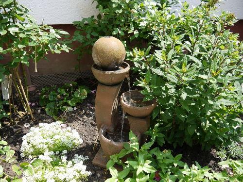 Kleiner Brunnen im Innenhof