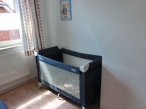 Kinderreisebett Schlafzimmer li.