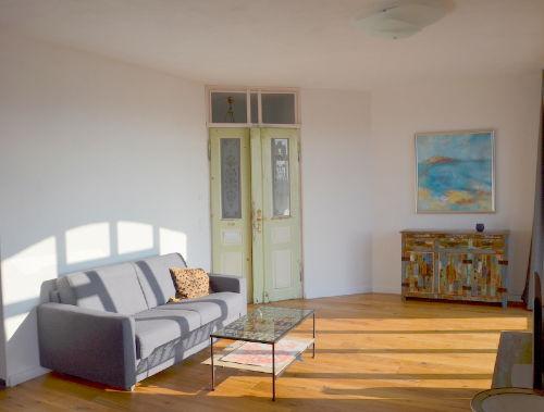 Wohnzimmer, vom Kamin aus