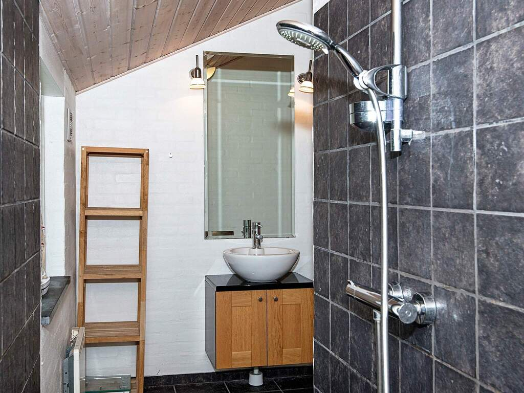 Zusatzbild Nr. 12 von Ferienhaus No. 33161 in Bl�vand