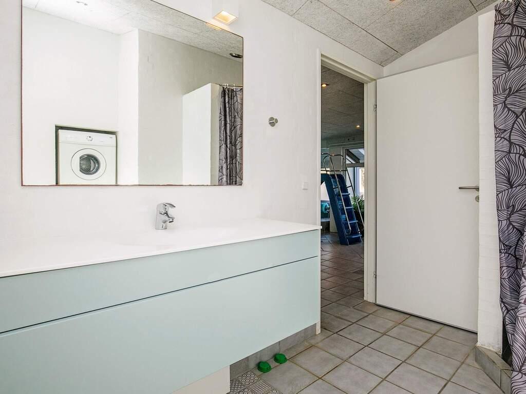 Zusatzbild Nr. 05 von Ferienhaus No. 38211 in Bl�vand