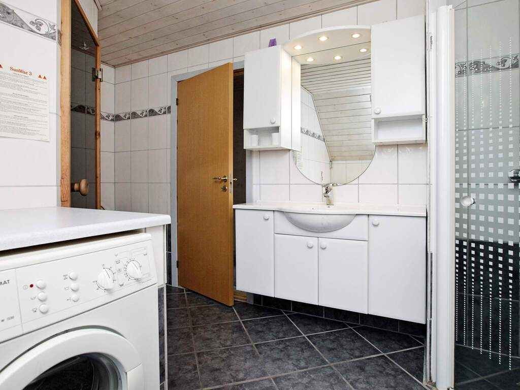 Zusatzbild Nr. 06 von Ferienhaus No. 38749 in Bl�vand