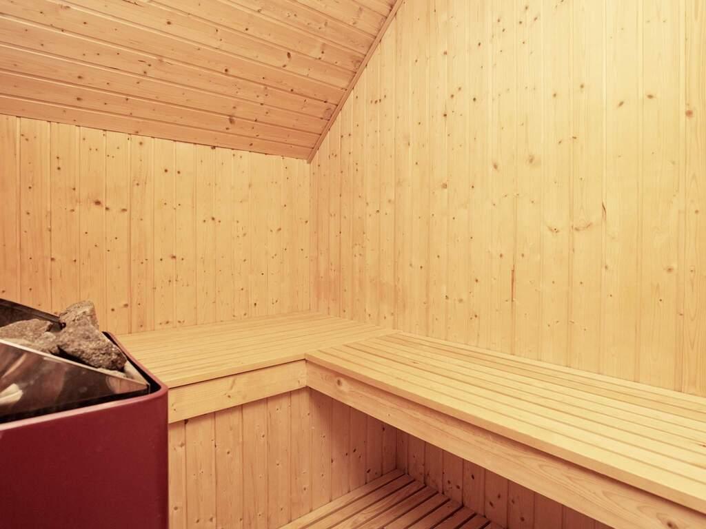 Zusatzbild Nr. 09 von Ferienhaus No. 38749 in Bl�vand