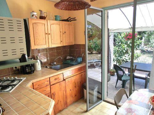Küche mit Durchgang Terrasse/Garten