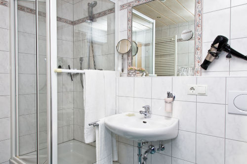 Einblick in ein Badezimmer