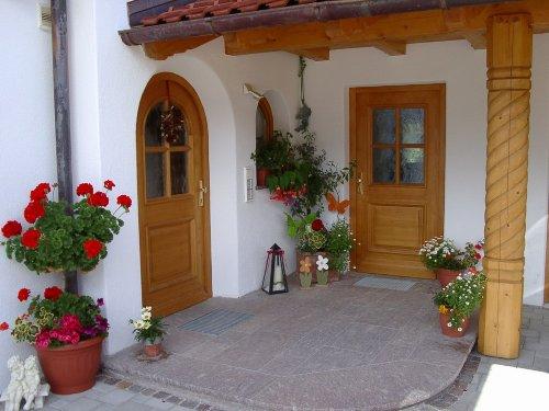 Eingang zu den Wohnungen