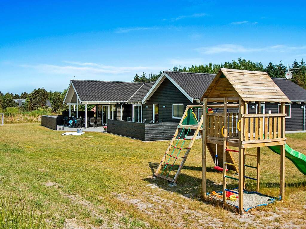 Zusatzbild Nr. 02 von Ferienhaus No. 63804 in Blåvand