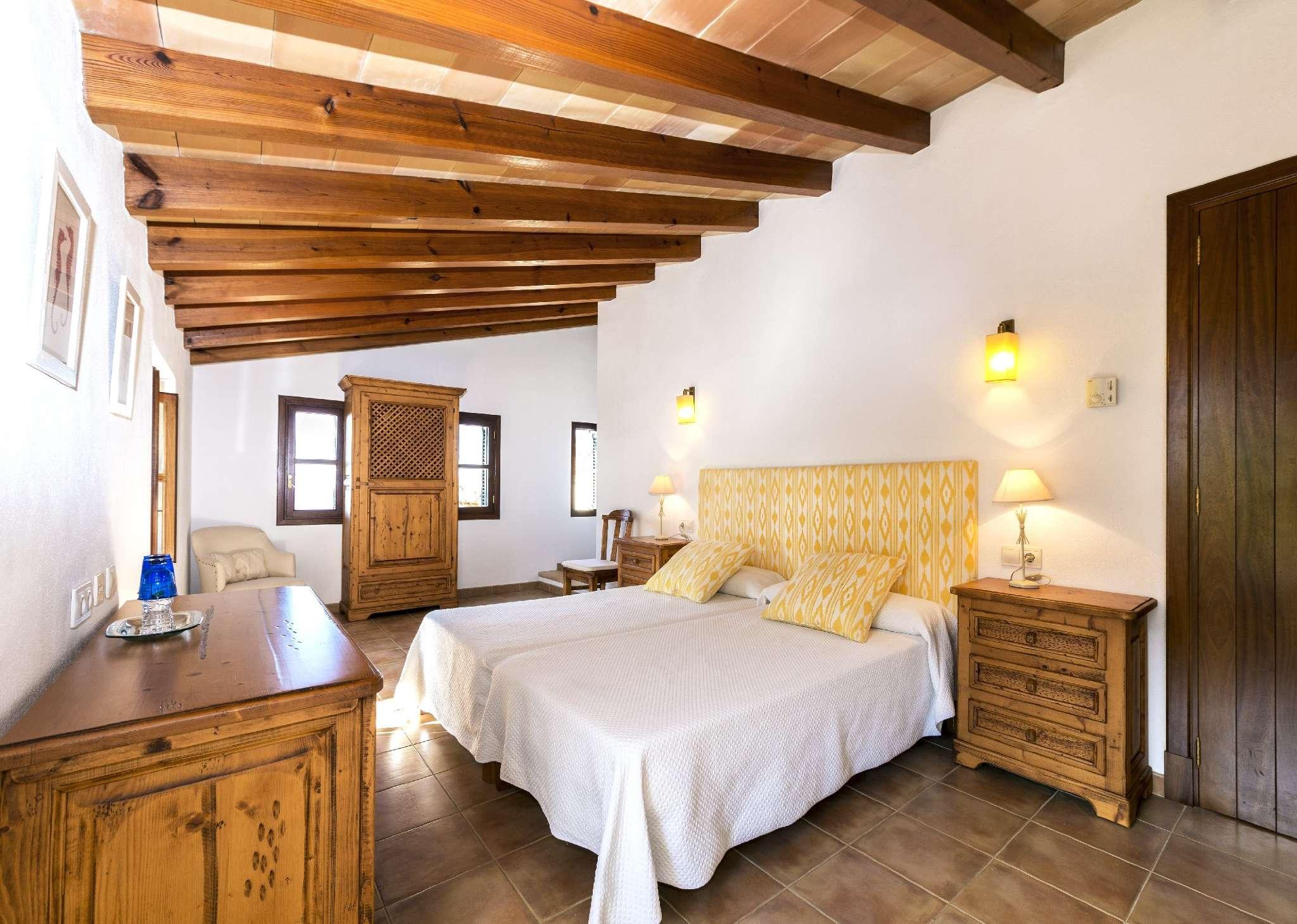 Castell de Sant Elm   Schlafzimmer