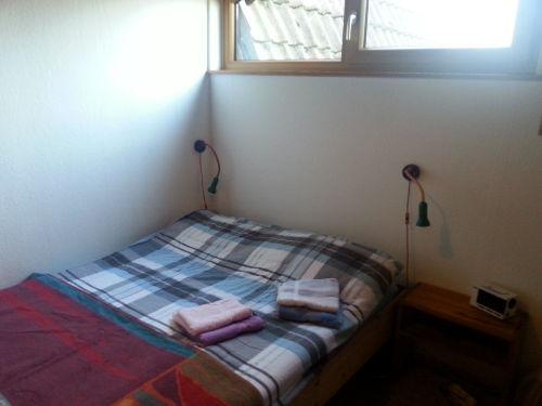 gleich rechts: das Elternschlafzimmer