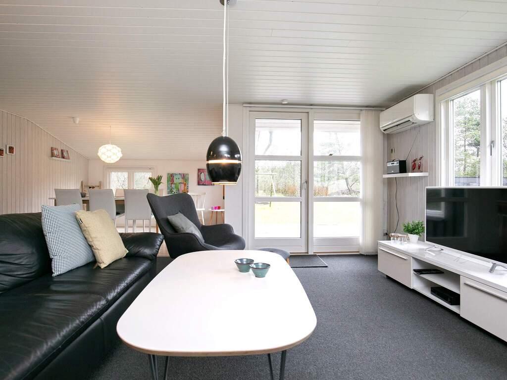 Zusatzbild Nr. 02 von Ferienhaus No. 82136 in Blåvand