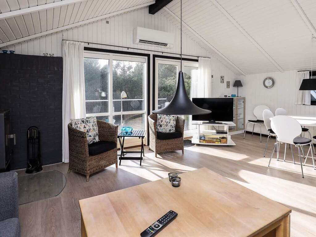 Zusatzbild Nr. 08 von Ferienhaus No. 82164 in Blåvand