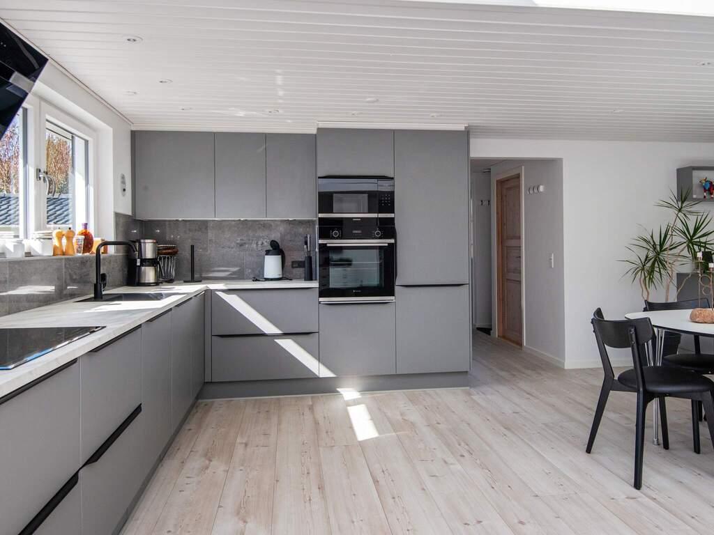 Zusatzbild Nr. 06 von Ferienhaus No. 82210 in Blåvand