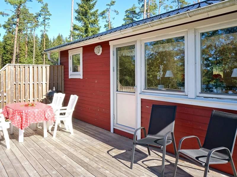 Zusatzbild Nr. 02 von Ferienhaus No. 56702 in Holsljunga