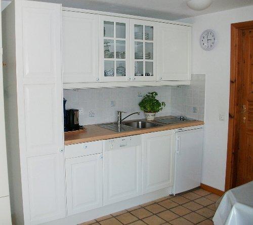App.7 Wohnzimmer m.Küchenzeile neu 06/10