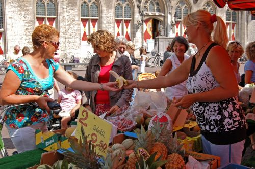 The market only 50 meters from apartment