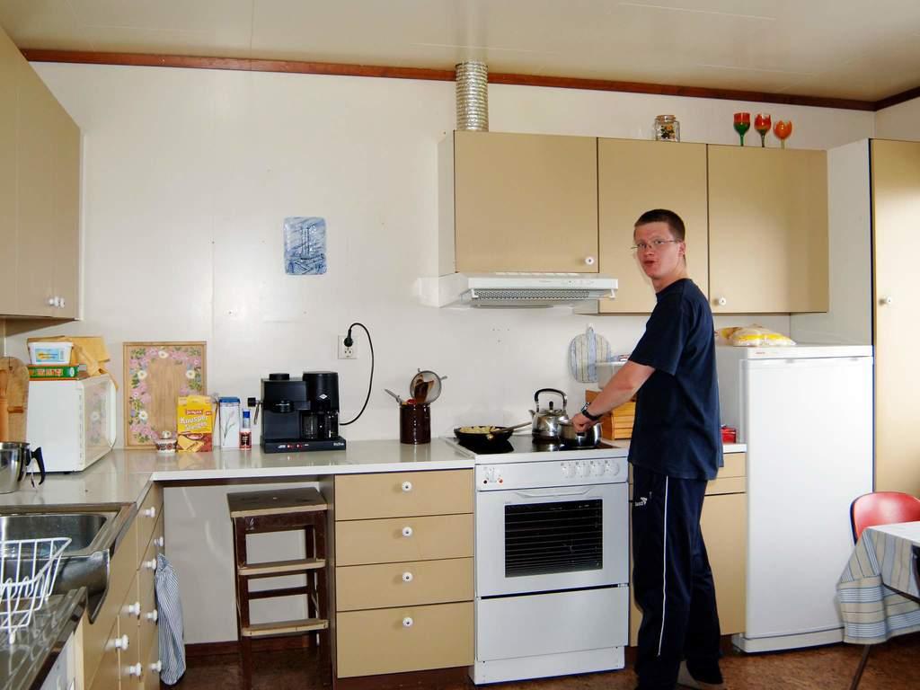 Zusatzbild Nr. 04 von Ferienhaus No. 27990 in Angvik