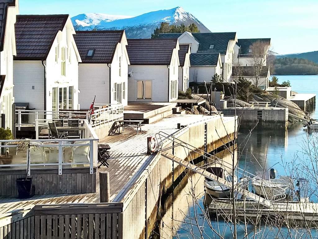 Zusatzbild Nr. 03 von Ferienhaus No. 33190 in Gurskøy