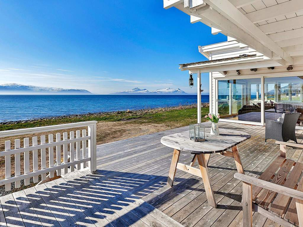ferienhaus in nord lenangen haus nr 94999 lyngen norwegen. Black Bedroom Furniture Sets. Home Design Ideas