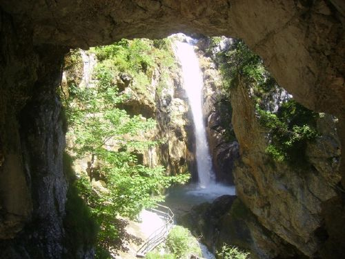 der Tschauko-Wasserfall
