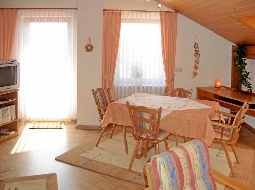 Ferienwohnung 5 - Wohnzimmer