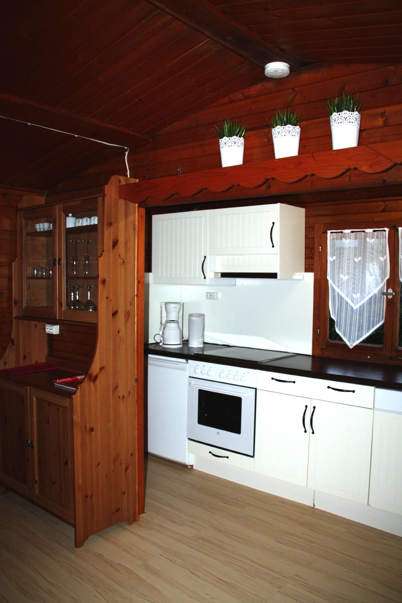 Badespass mit Ruderboot