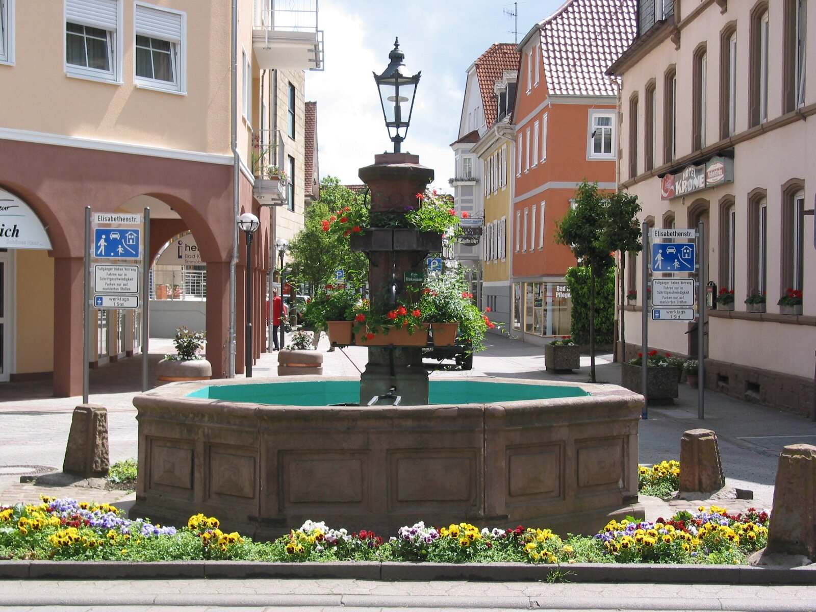 Gro�er Brunnen in Bad K�nig