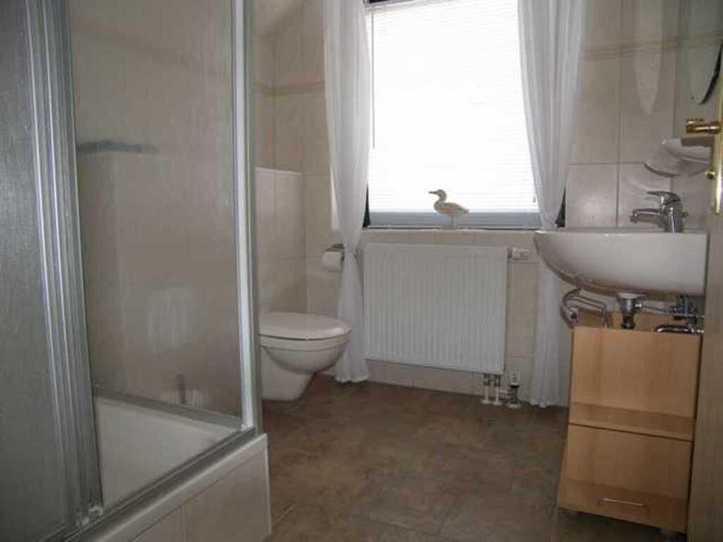 ferienwohnung im 2 familien haus ferienwohnung in bansin. Black Bedroom Furniture Sets. Home Design Ideas