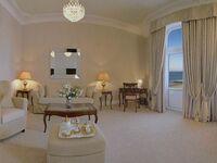 Hotel Miramar, Suite Bad o. Du-WC Seesicht - in Sylt-Westerland - kleines Detailbild