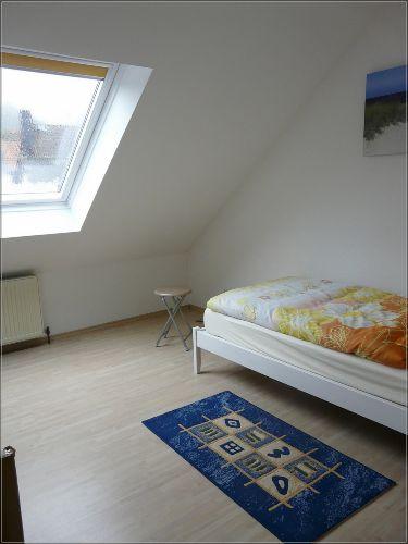 2. kleine Schlafzimmer mit Einzelbett