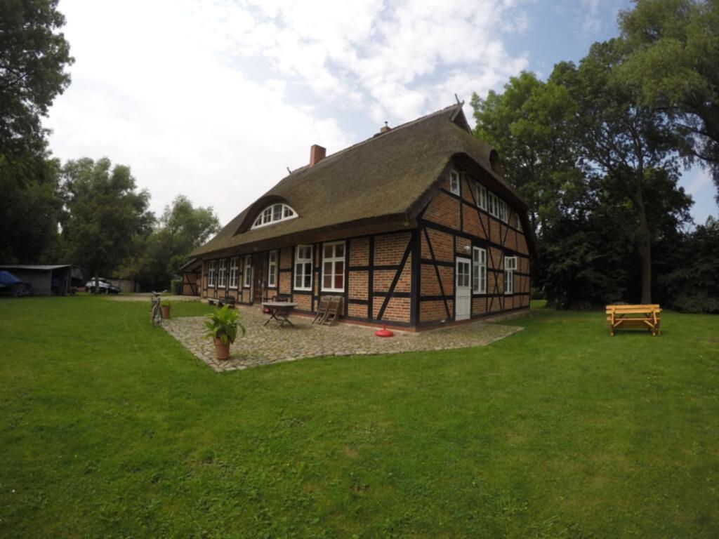 Altes Pfarrhaus Rappin, Ferienwohnung (DG)