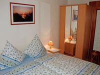 Ferienhaus und -appartement am Streler Sund, Ferienhaus 'Christina' *** - Fam. Gloe in Altefähr auf Rügen - kleines Detailbild