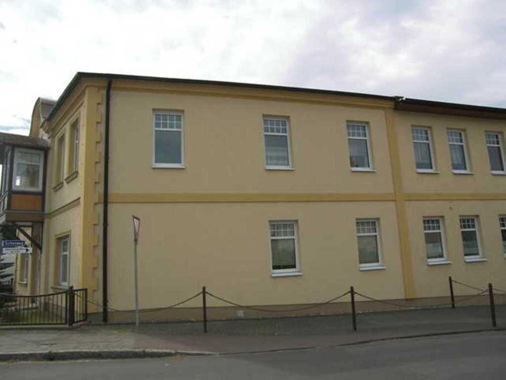 Linden-Wohnungen, Linde 03