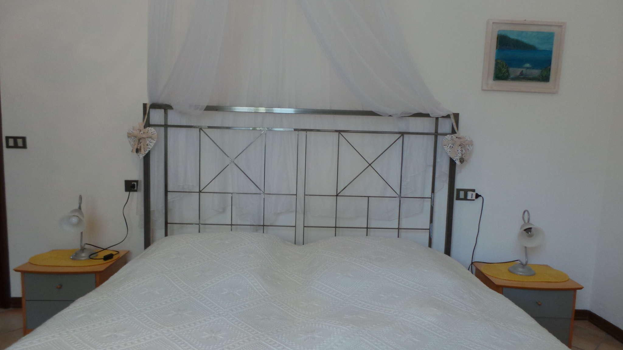 Bett 180 x 200cm, Matratze durchgehend