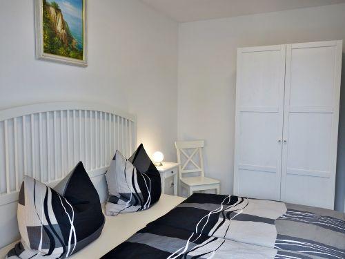 1 von 4 Schlafzimmern (Erdgeschoss)