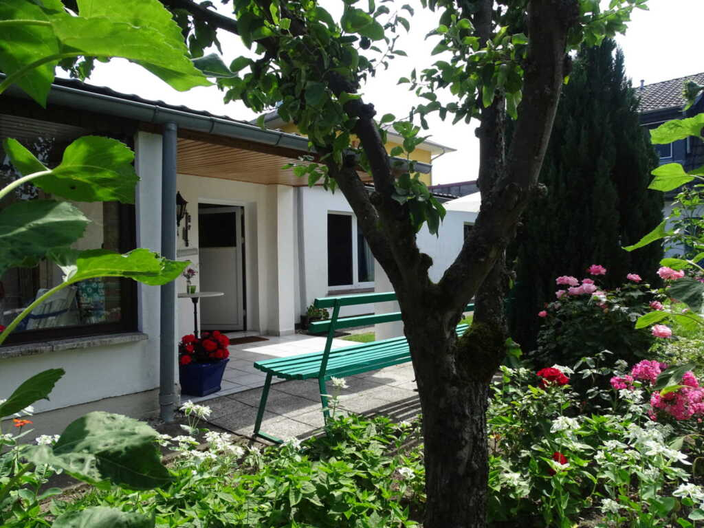 Bungalow mit Terrasse in Waren (Müritz), Bungalow