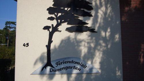 ...zum Feriendomizil Dünengarten.