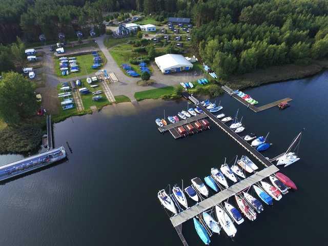 Hafencamp Senftenberger See, Campinghütte bis 4 Pe