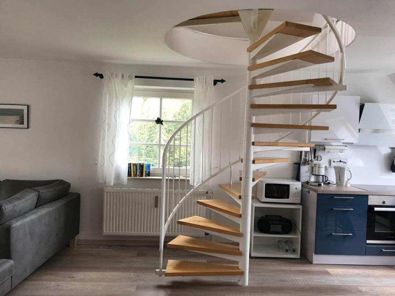 Treppe zur Schlaf-Galerie