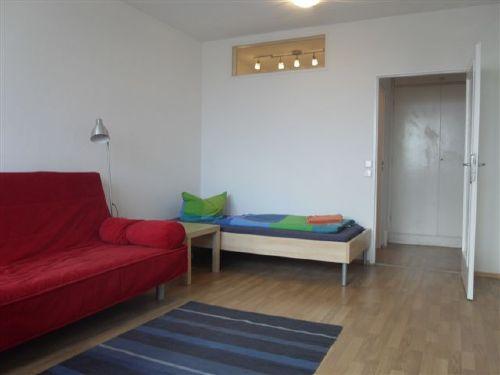 Zimmer: Einzelbett und 1,40m Schlafsofa