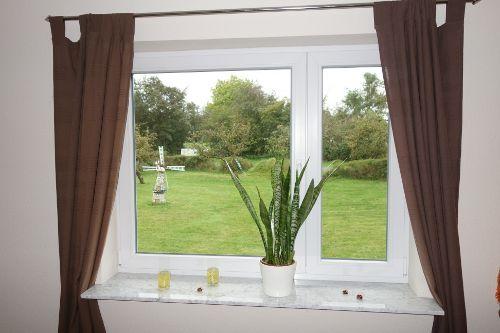 Wohnzimmer - Blick in den Garten