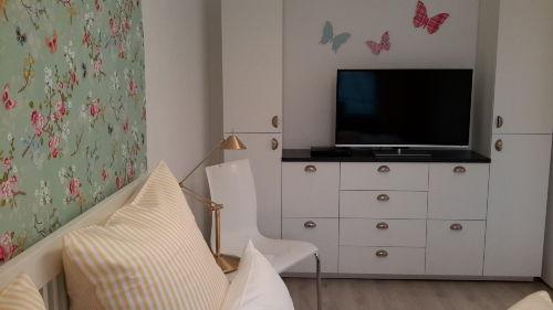 TV mit BluRay-Player auch im SZ