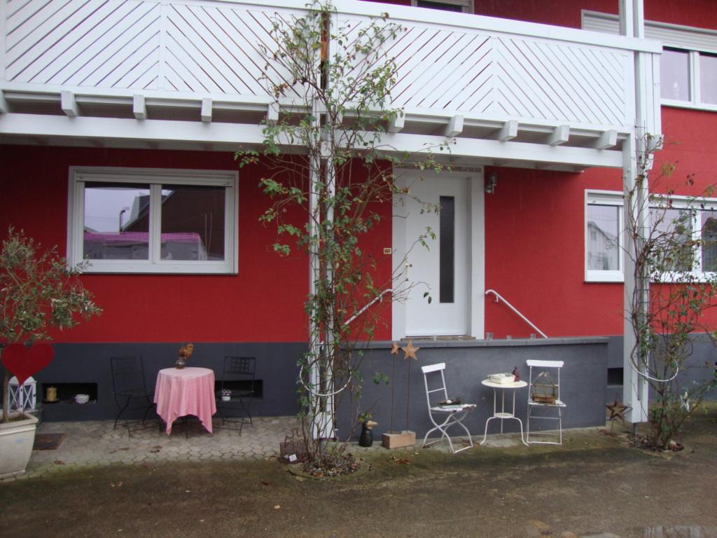 Ferienwohnung im roten Haus