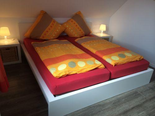 """Das Schlafzimmer """"Seerobbe"""" im OG"""