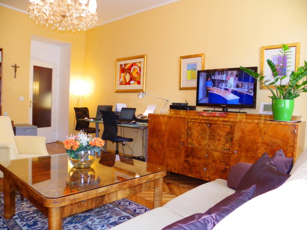 Apartment beim Hundertwasserhaus