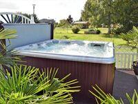 Ferienwohnungen Neppermin USE 2940, USE 2943-Poolblick in Neppermin-Usedom - kleines Detailbild